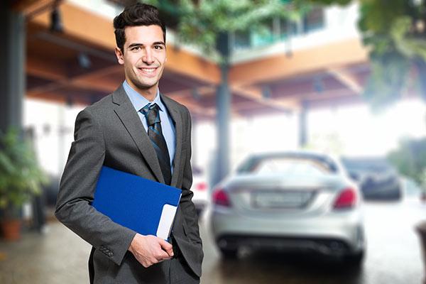 Seien Sie clever und prüfen Sie die Fahrzeughistorie mit CARFAX!